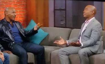 """Mike Tyson insulta un giornalista in diretta tv: """"Sei un pezzo di m..."""" [VIDEO]"""