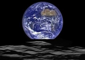 Terra Fotografata dalla Luna