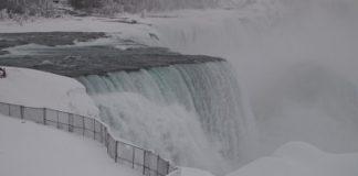 Cascate Niagara ghiaccio