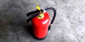 Allarme pacco bomba