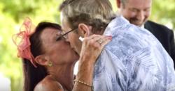 Marito alzheimer dimentica di esesre sposato e chiede ala moglie di risposarlo